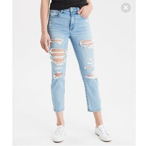 American Eagle Slim Straight Cropped Ripped Jeans